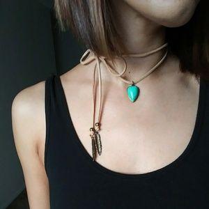 Jewelry - Tied on western necklace